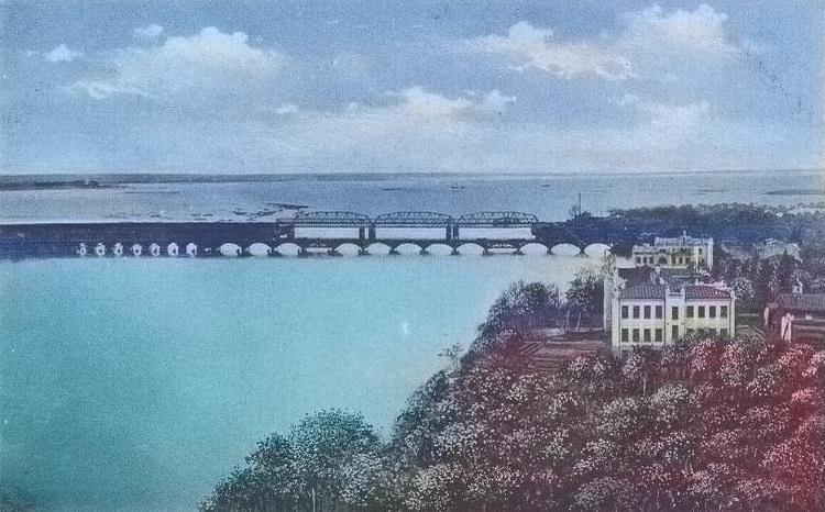 Вид с башни сахарного завода на старый Гомель