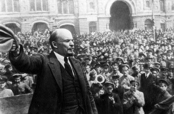 Ленин и октябрьская революция с солдатами