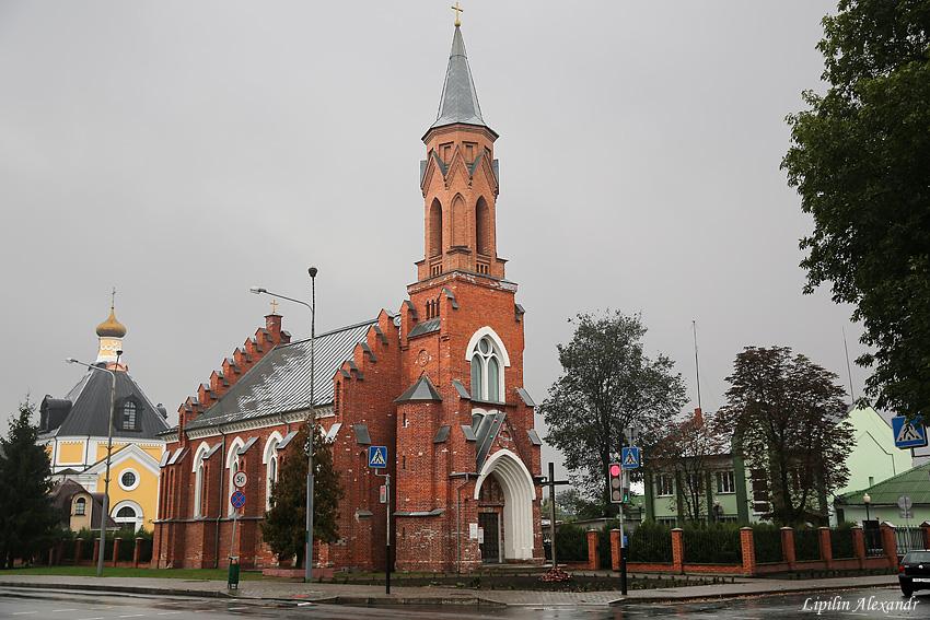 Свято-Троицкий костёл в Речице