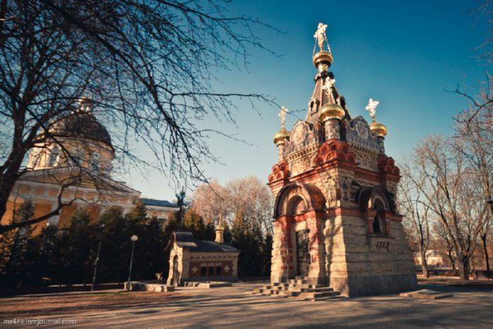 Часовня-усыпальница в городе над Сожем, которая принадлежала Паскевичам