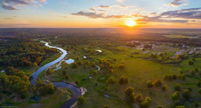 Река Уборть утром