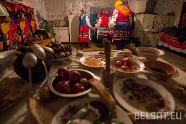 Святочны стол на Піліпаўскія Дзяды