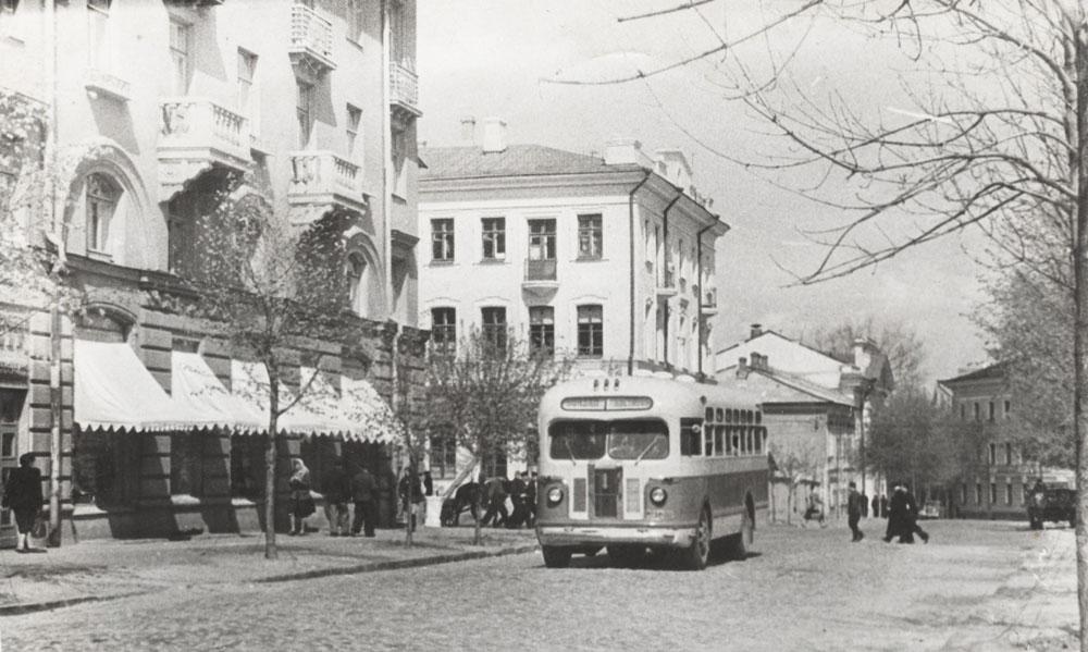 Трудовая улица в Гомеле в 1956 году.