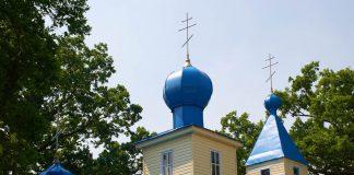 Крыша храма в деревне Боровое в Лельчицком районе
