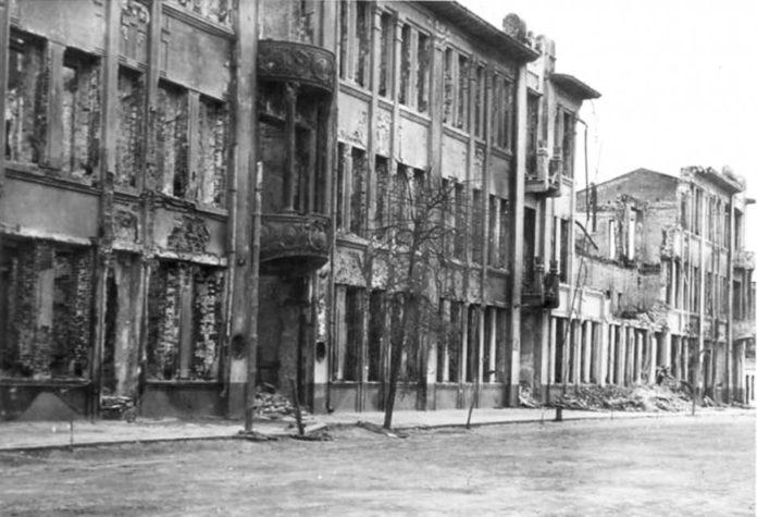 Восстановление Гомеля после войны и вид улицы Ланге с гостиницей Савой