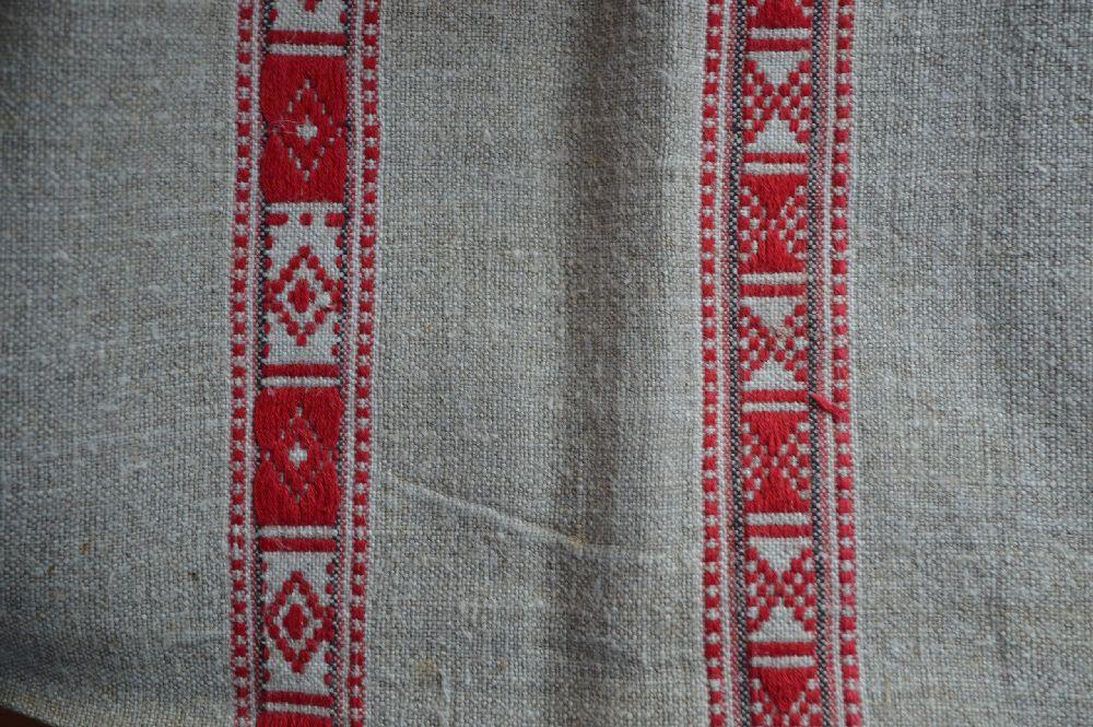 Фрагмент головного убора с орнаментом белорусским