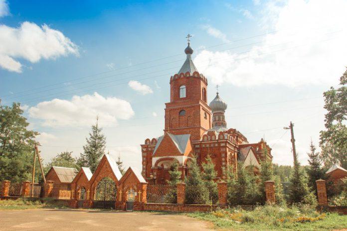 Храм Пиревичи