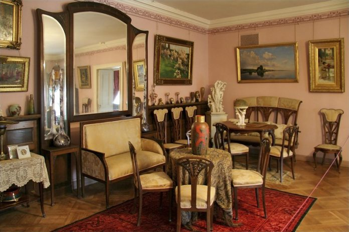 Музеи Беларуси в собраниях