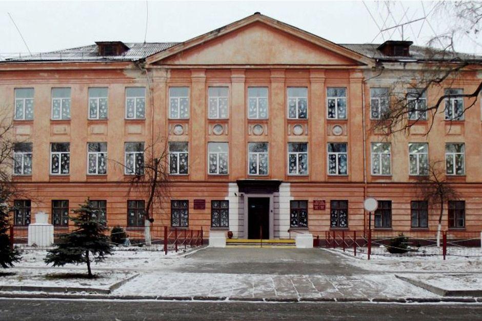 Драўляны барак і школа Светлагорск