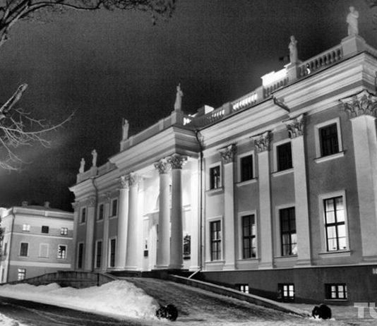 гомельский дворец ночью и его проклятие