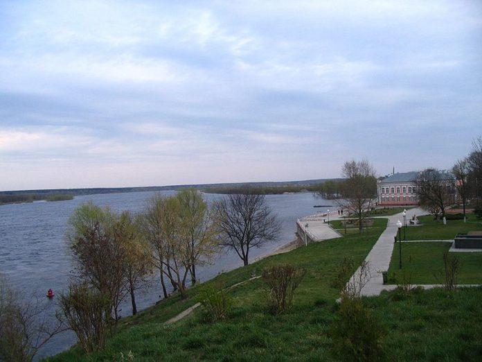 Восточный вал и река Днепр в Лоеве