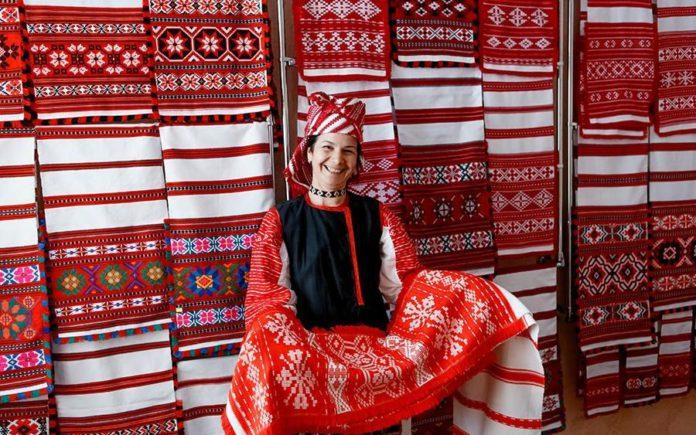 Сучасны стан народнага ткацтва i вышыўкі беларуска-ўкраінскага памежжа