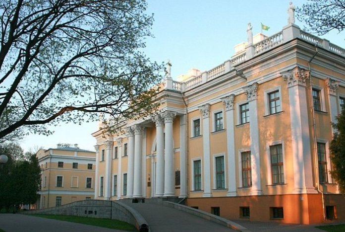 История музея Гомельского дворцово-паркового ансамбля