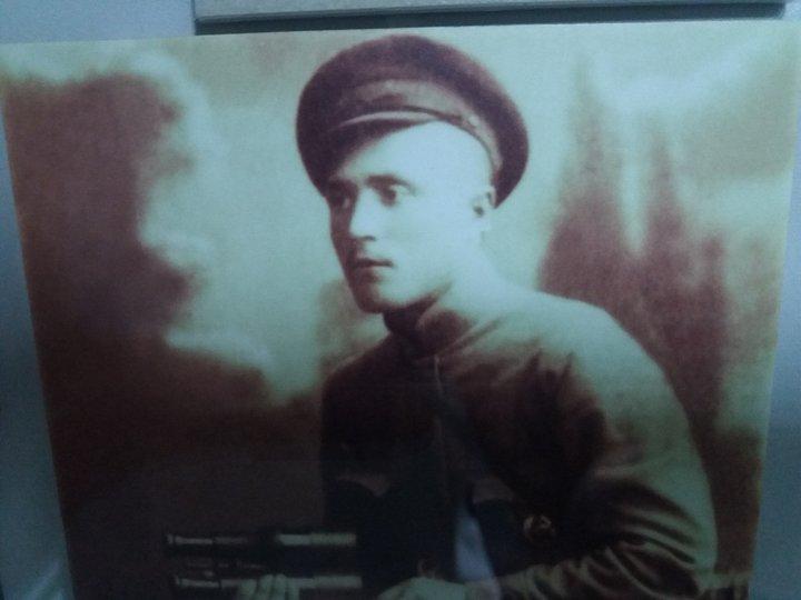 Д.Гришелев, командир 1-го Революционного полка. Фонды ГОМВС