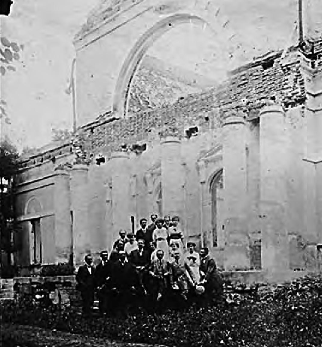 Ил. 8. Фото дворца в Остроглядах. Начало ХХ века
